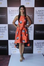 Pooja Hegde at Lakme fashion week model auditions on 14th Dec 2016 (19)_58525bbe20fef.JPG
