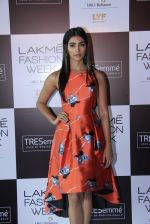 Pooja Hegde at Lakme fashion week model auditions on 14th Dec 2016 (22)_58525bbfe7f7f.JPG