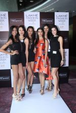 Pooja Hegde at Lakme fashion week model auditions on 14th Dec 2016 (6)_58525bb7468ed.JPG