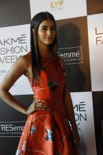Pooja Hegde at Lakme fashion week model auditions on 14th Dec 2016 (6)_58525e0a1e458.JPG