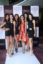 Pooja Hegde at Lakme fashion week model auditions on 14th Dec 2016 (7)_58525bb7d3fe5.JPG
