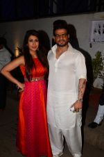 Karan Patel at kishwer merchant_s sangeet on 15th Dec 2016 (169)_5853a8f095159.JPG