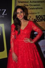 Parul Yadav at South Scope Lifestyle Awards (144)_5853a9a256d4c.JPG