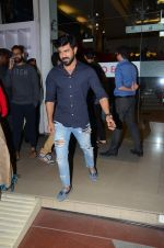 Ram Charan snapped with his wife on 15th Dec 2016 (17)_5853a9c4f1098.JPG