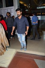 Ram Charan snapped with his wife on 15th Dec 2016 (19)_5853a9c62fa85.JPG