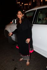 Alvira Khan at Photographer Munna S wedding reception on 18th Dec 2016 (119)_585791e6a6ce5.JPG