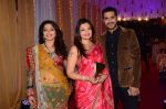Deepshikha Nagpal at Photographer Munna S wedding reception on 18th Dec 2016 (142)_5857923b16a63.JPG