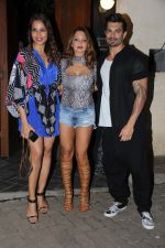 Bipasha Basu, Karan Singh Grover at Deanne Pandey bash on 19th Dec 2016 (45)_5858e2a49be5c.jpg