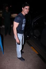 Gautam Rode snapped at olive on 19th Dec 2016 (5)_5858dbb3a8da9.JPG