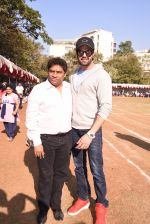 Johnny Lever, Manish Paul at Jamnabai school sports meet for special children on 19th Dec 2016 (73)_5858dc520aa15.JPG