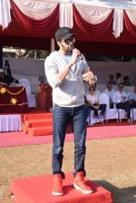 Manish Paul at Jamnabai school sports meet for special children on 19th Dec 2016 (43)_5858dc92db898.JPG