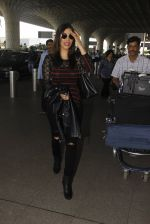 Sophie Chaudhary snapped at airport on 19th Dec 2016 (15)_5858db95d2de8.JPG