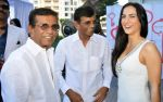 Elli Avram with Abbas�Mustan at Harvey India_s Christmas Brunch hosted by Joe Rajan_585a1bdb2a1bf.JPG