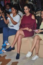 Sania Mirza at the label bazaar event on 20th Dec 2016 (5)_585a29f42a0c6.JPG