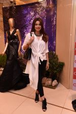 Shaheen Abbas at Esha Amin label launch at Aza on 20th Dec 2016 (414)_585a2b00e0f5d.JPG