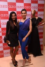 Sonnalli Seygall at Esha Amin label launch at Aza on 20th Dec 2016 (562)_585a2b4666feb.JPG
