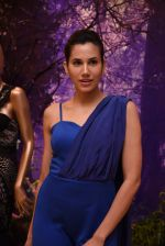 Sonnalli Seygall at Esha Amin label launch at Aza on 20th Dec 2016 (581)_585a2b510303e.JPG