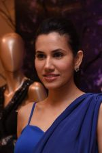 Sonnalli Seygall at Esha Amin label launch at Aza on 20th Dec 2016 (590)_585a2b561a005.JPG