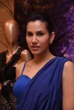 Sonnalli Seygall at Esha Amin label launch at Aza on 20th Dec 2016 (591)_585a2b569af2c.JPG