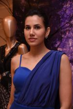 Sonnalli Seygall at Esha Amin label launch at Aza on 20th Dec 2016 (592)_585a2b572b909.JPG