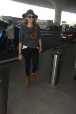 Hazel Keech snapped at airport on 21st Dec 2016 (22)_585b86408b55f.JPG