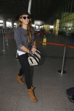 Hazel Keech snapped at airport on 21st Dec 2016 (28)_585b864626bba.JPG