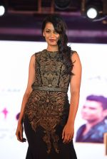 Mugdha Godse walk for Lakshyam show at Brand of the Year Awards on 21st Dec 2016 (222)_585b8bc96b786.JPG