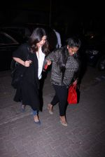 Priyanka Chopra and Arpita KHan snapped post dinner at Hakassan on 21st Dec 2016 (56)_585b89a250fe9.JPG