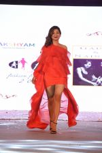 Ravee Gupta walk for Lakshyam show at Brand of the Year Awards on 21st Dec 2016 (200)_585b8be8637f0.JPG