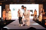 Rohit Roy walk for Lakshyam show at Brand of the Year Awards on 21st Dec 2016 (166)_585b8bf59ceca.JPG