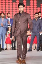 Showstopper Ruslaan Mumtaz in a Dhruv Vaish outfit for the House of Raym..._585b8a58c7222.jpg