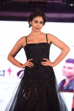 Shriya Saran walk for Lakshyam show at Brand of the Year Awards on 21st Dec 2016 (277)_585b8c2b7bccf.JPG