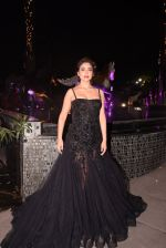 Shriya Saran walk for Lakshyam show at Brand of the Year Awards on 21st Dec 2016 (369)_585b8c3203ed6.JPG