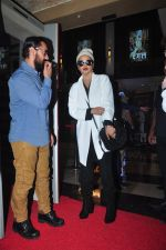 Aamir Khan, Rekha at Dangal premiere on 22nd Dec 2016