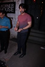 Arjan Bajwa at Farah Ali Khan_s bash in Corner House on 22nd Dec 2016 (123)_585cd229f2b3d.JPG