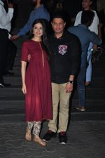 Divya Kumar, Bhushan Kumar at Dangal premiere on 22nd Dec 2016 (153)_585cda3b02574.JPG
