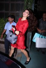 Jacqueline Fernandez snapped in Bandra on 22nd Dec 2016 (33)_585cd03a71b1a.JPG