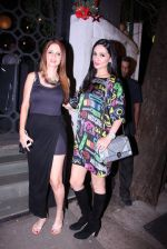 Suzanne Khan, Anu Dewan at Farah Ali Khan_s bash in Corner House on 22nd Dec 2016 (19)_585cd2105a548.JPG