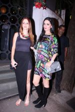 Suzanne Khan, Anu Dewan at Farah Ali Khan_s bash in Corner House on 22nd Dec 2016 (21)_585cd210e4294.JPG