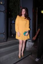 Twinkle Khanna at Farah Ali Khan_s bash in Corner House on 22nd Dec 2016 (119)_585cd2d44b604.JPG