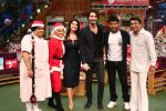 Sunny Leone and her husband Daniel Weber on the sets of The Kapil Sharma Show on 24th Dec 2016 (1)_5860c165957f0.jpg