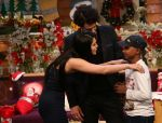 Sunny Leone and her husband Daniel Weber on the sets of The Kapil Sharma Show on 24th Dec 2016 (16)_5860c15d7dd00.jpg