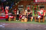 Sunny Leone and her husband Daniel Weber on the sets of The Kapil Sharma Show on 24th Dec 2016 (17)_5860c16045508.jpg