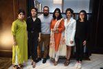 Aamir Khan, Sakshi Tanwar, Fatima Sana Shaikh, Sanya Malhotra with Dangal Team in Delhi on 26th Dec 2016 (4)_58625e392ab03.jpg