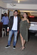 Amrita Arora at Saif and Kareena Kapoor_s Xmas Bash on 25th Dec 2016 (146)_586216eddc34a.JPG