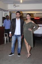 Amrita Arora at Saif and Kareena Kapoor_s Xmas Bash on 25th Dec 2016 (149)_586216efe17ac.JPG