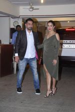Amrita Arora at Saif and Kareena Kapoor_s Xmas Bash on 25th Dec 2016 (152)_586216f1dee78.JPG