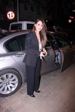 Malaika Arora Khan at Midnight Mass on 24th Dec 2016 (33)_58621809decf6.JPG