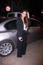 Malaika Arora Khan at Midnight Mass on 24th Dec 2016 (36)_5862180bf1bcf.JPG