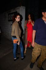 Sangeeta Bijlani snapped at Corner House in Bandra on 24th Dec 2016 (41)_586218a3f2130.JPG